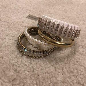 Multiple bracelet set in size Sm/Md